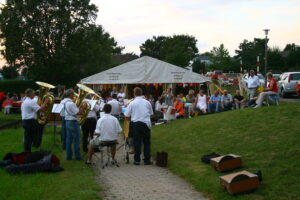 Musik Festzelt - 1. August 2012